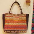 でかいかばん 茶色革と模様織り